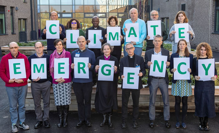 climate emergency pic 2  700